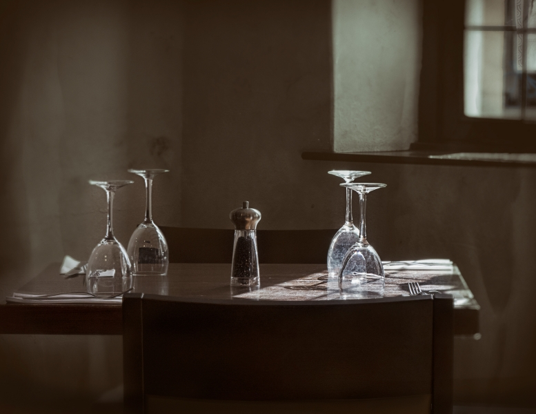 Jeff_Owen-The_Table_by_the_Window-10