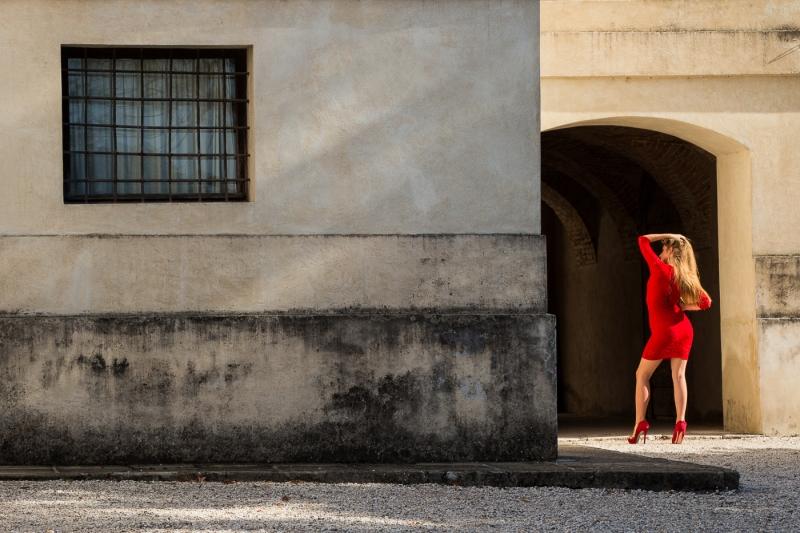Andrew_Vance-Red_Dress-9