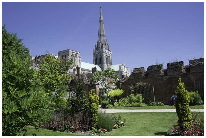 Richard_Smith-Summer_at_Chichester_Cathedral-9