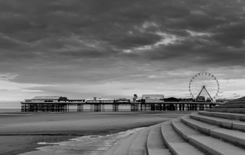 Richard_Webb-Blackpool_Pier-9