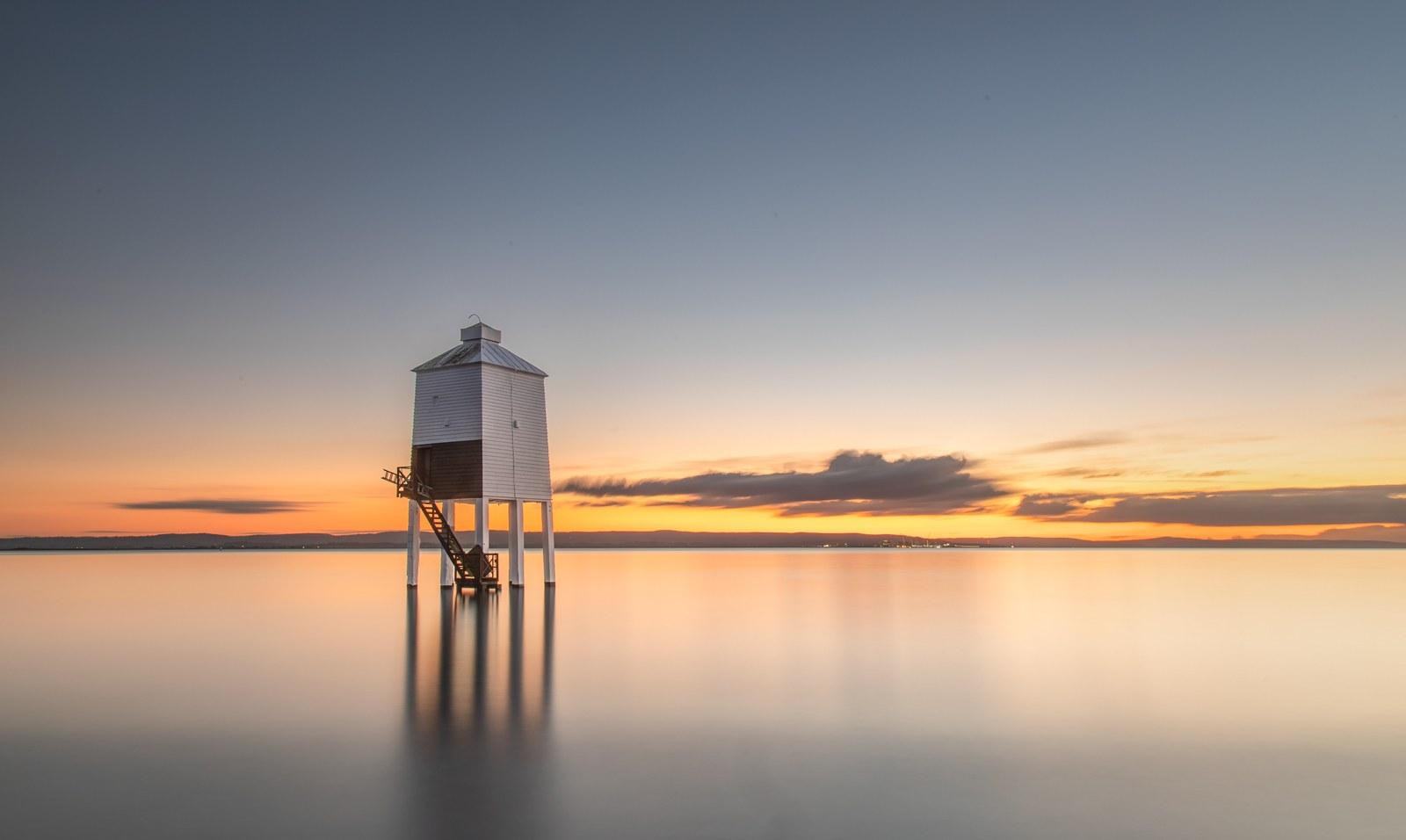 Andy-Bracey-Burnham-Low-Lighthouse-10