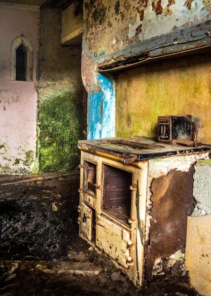 Joan Barham-Past Colours, Empty Spaces-9