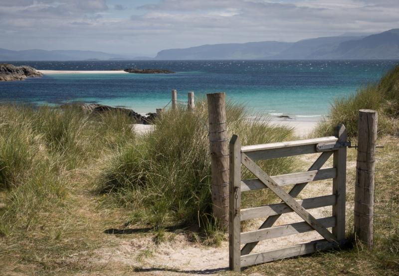 Sarah_Nichol-The_Gate_to_the_Beach-9