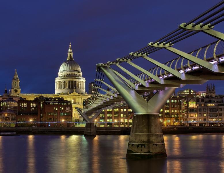 Ken_Worrall-Millenium_Bridge-10