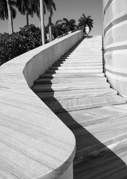 Tim-Crabb-Stairway-to-Freedom-Revolution-Square-Havana-9